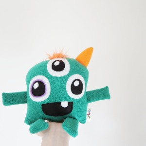 cute three eyed little cute monster toy for kids