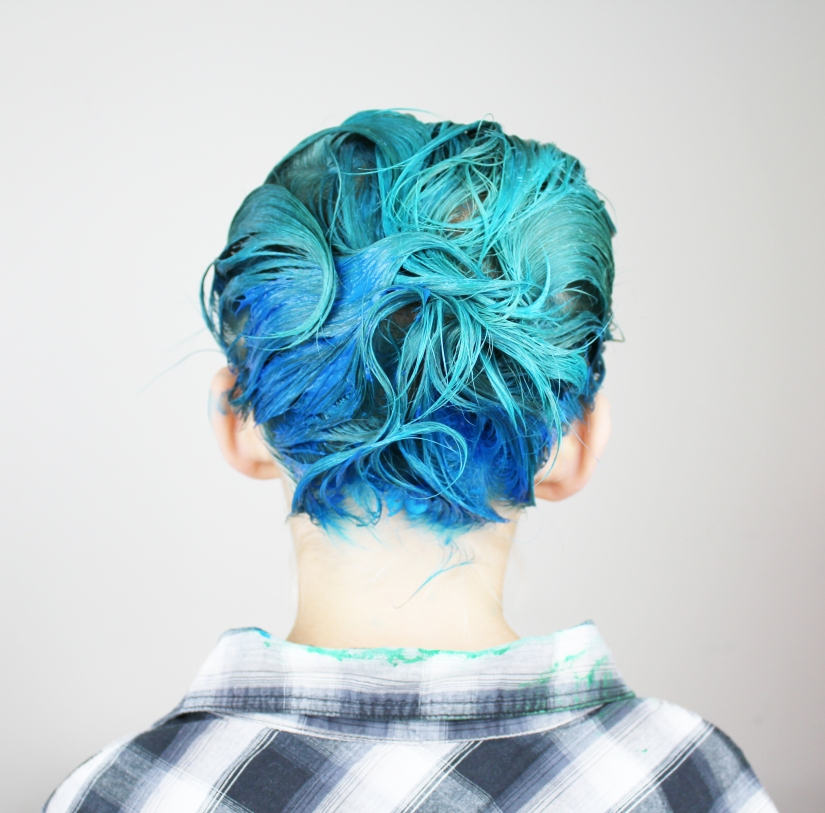 blue hair, boy mom, parenting, kids with dyed hair