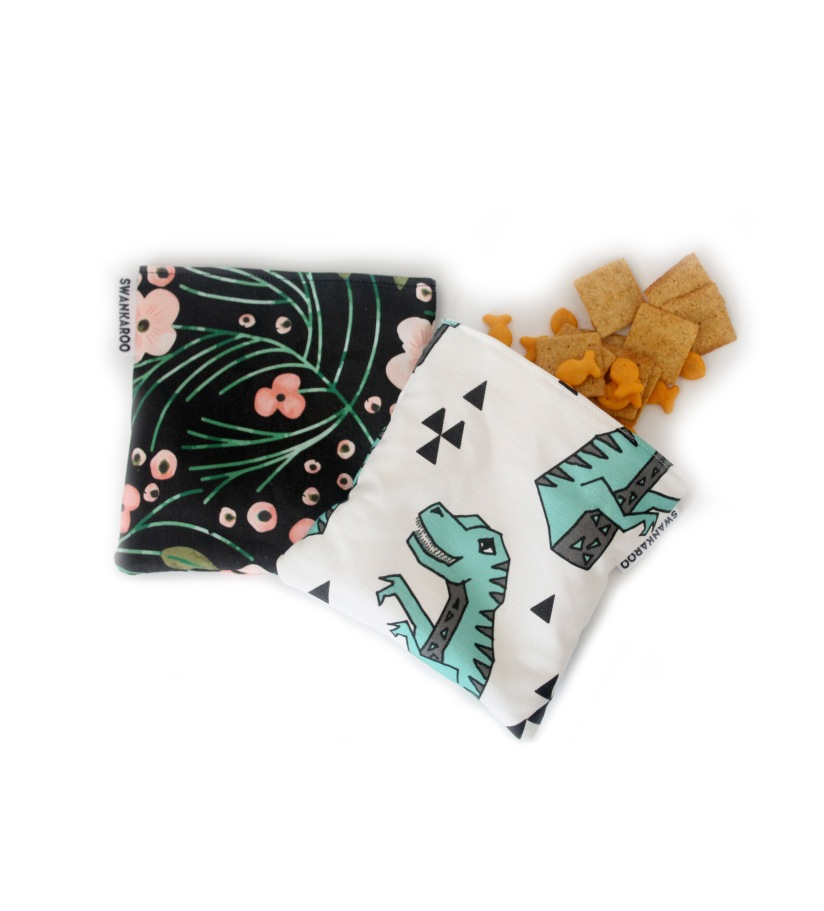 Reusable snack bags help prevent plastic from entering our oceans and damaging marine life & natural ecosystems!